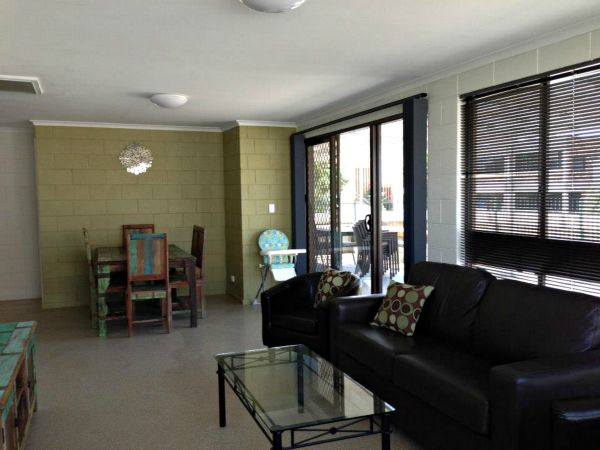Petes Place - Tourism Caloundra