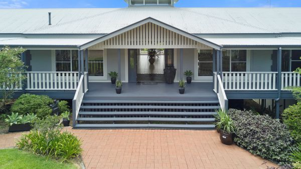 The Country House at Hunchy Luxury Bed and Breakfast Accommodation - Tourism Caloundra