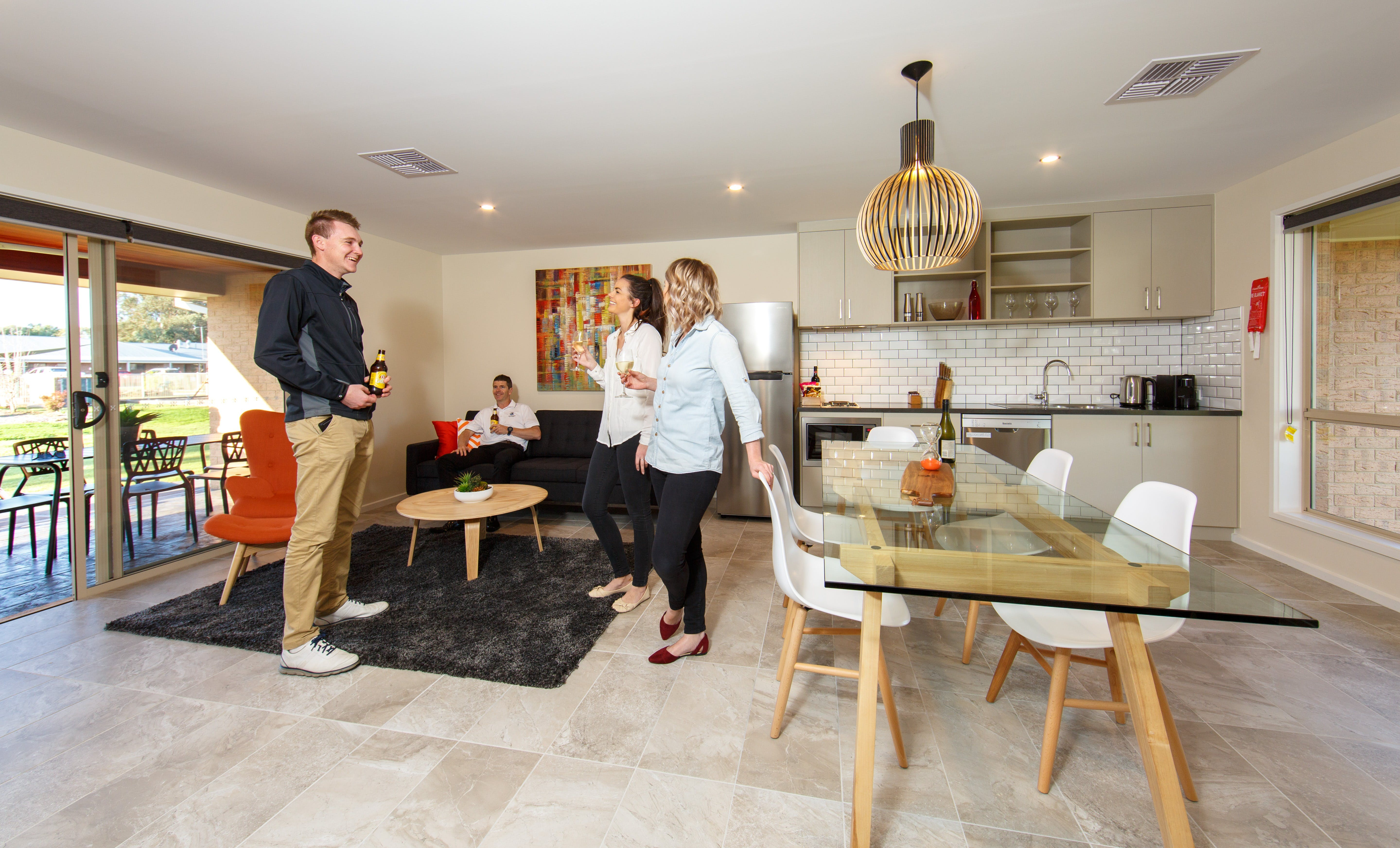 Howlong Country Golf Club Motel - Tourism Caloundra