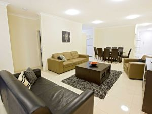 Astina Central Apartments - Tourism Caloundra