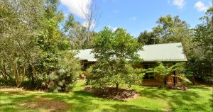 Bushland Cottages and Lodge Yungaburra - Tourism Caloundra