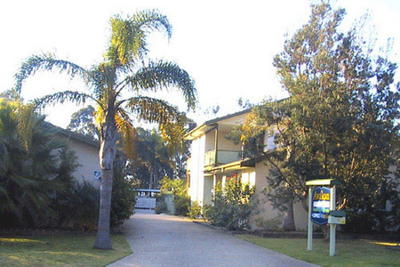 Avalon Holiday Units - Tourism Caloundra
