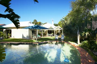 Waratah Brighton Boutique Bed And Breakfast - Tourism Caloundra