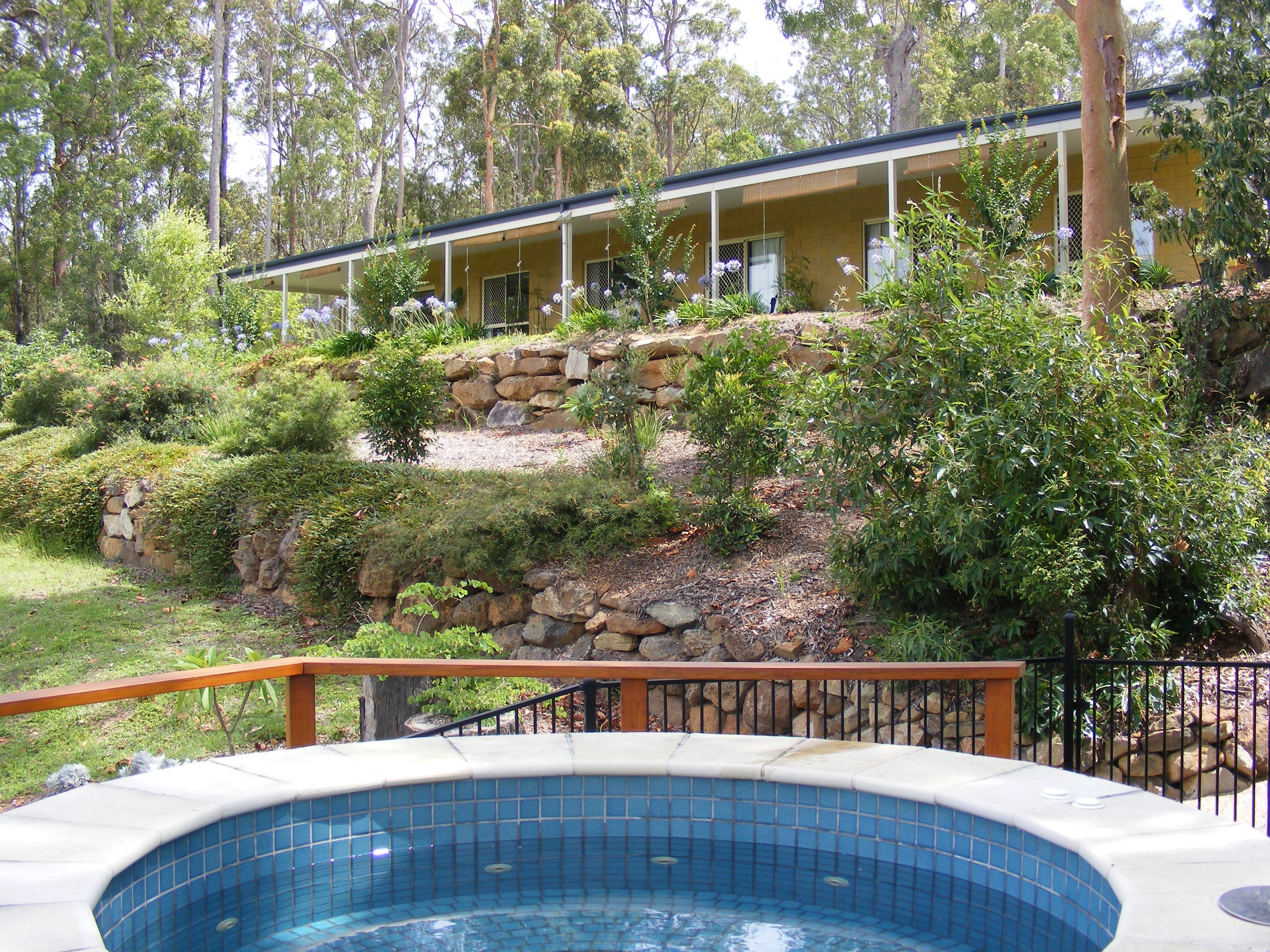 Bed and Breakfast at Wallaby Ridge - Tourism Caloundra