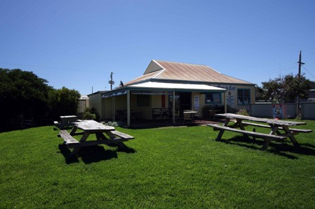 Apostles Camping Park and Cabins