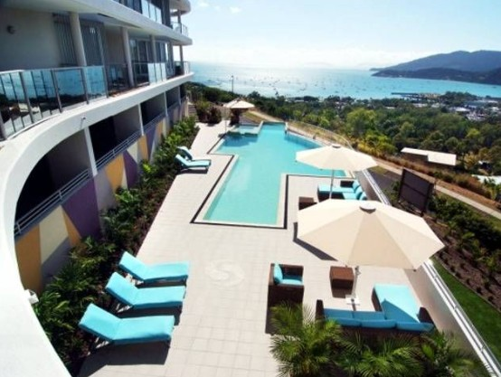 Airlie Searene Apartments