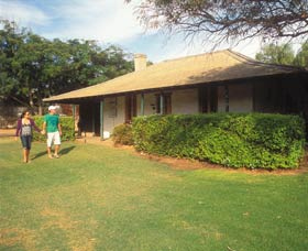 Russ Cottage - Tourism Caloundra