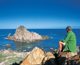 Sugarloaf Rock - Tourism Caloundra