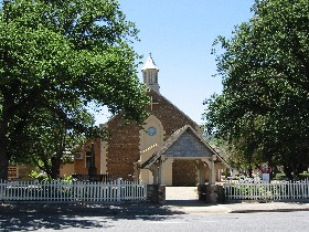 St George Church and Cemetery Tours - Tourism Caloundra