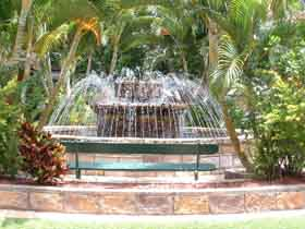Bauer and Wiles Memorial Fountain - Tourism Caloundra