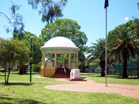 Kingaroy Memorial Park - Tourism Caloundra