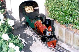 M  K Model Railways - Tourism Caloundra