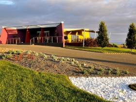 Ghost Rock Vineyard - Tourism Caloundra