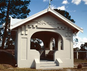 Stanthorpe Soldiers Memorial - Tourism Caloundra