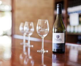 Pinelli Estate Wines - Tourism Caloundra