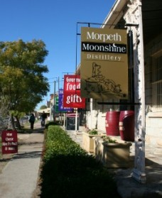 Morpeth Wine Cellars and Moonshine Distillery - Tourism Caloundra