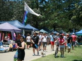Coolangatta Art and Craft Markets - Tourism Caloundra