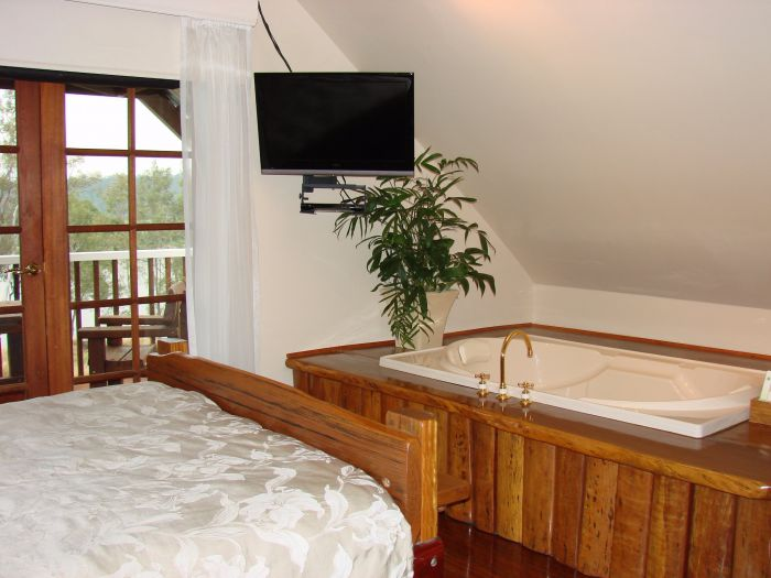 Clarence River Bed and Breakfast - Tourism Caloundra