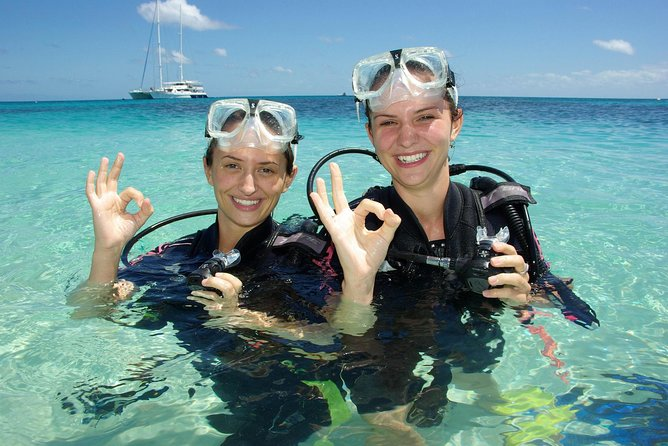 Ocean Spirit Michaelmas Cay Dive and Snorkel Cruise from Palm Cove - Tourism Caloundra