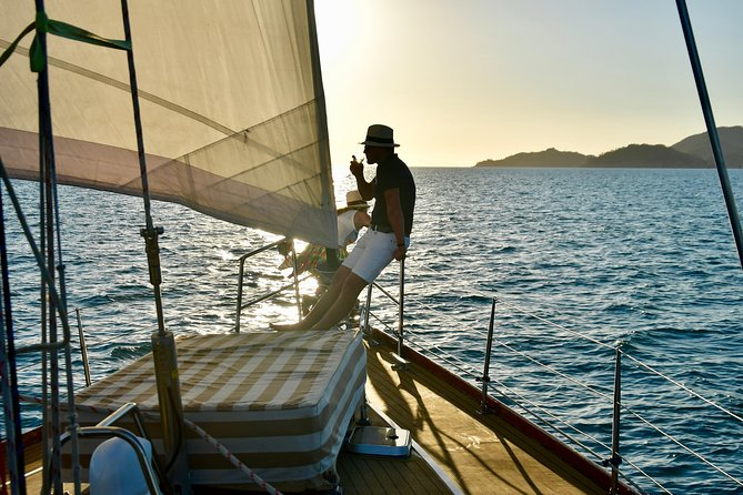 Magnetic Island Twilight Sailing Cruise - Tourism Caloundra