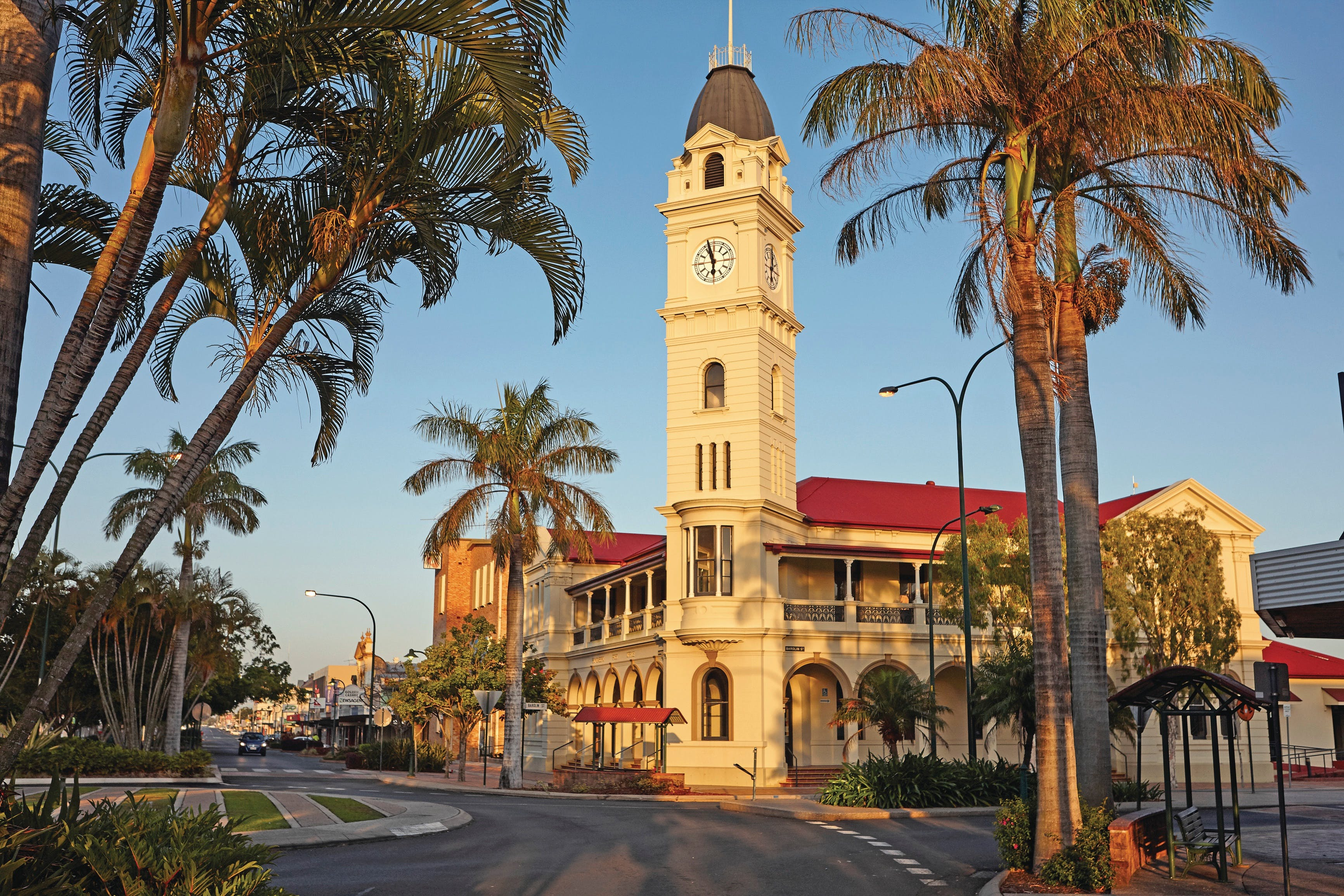 Bundaberg to Childers and Woodgate Day Trip - Tourism Caloundra