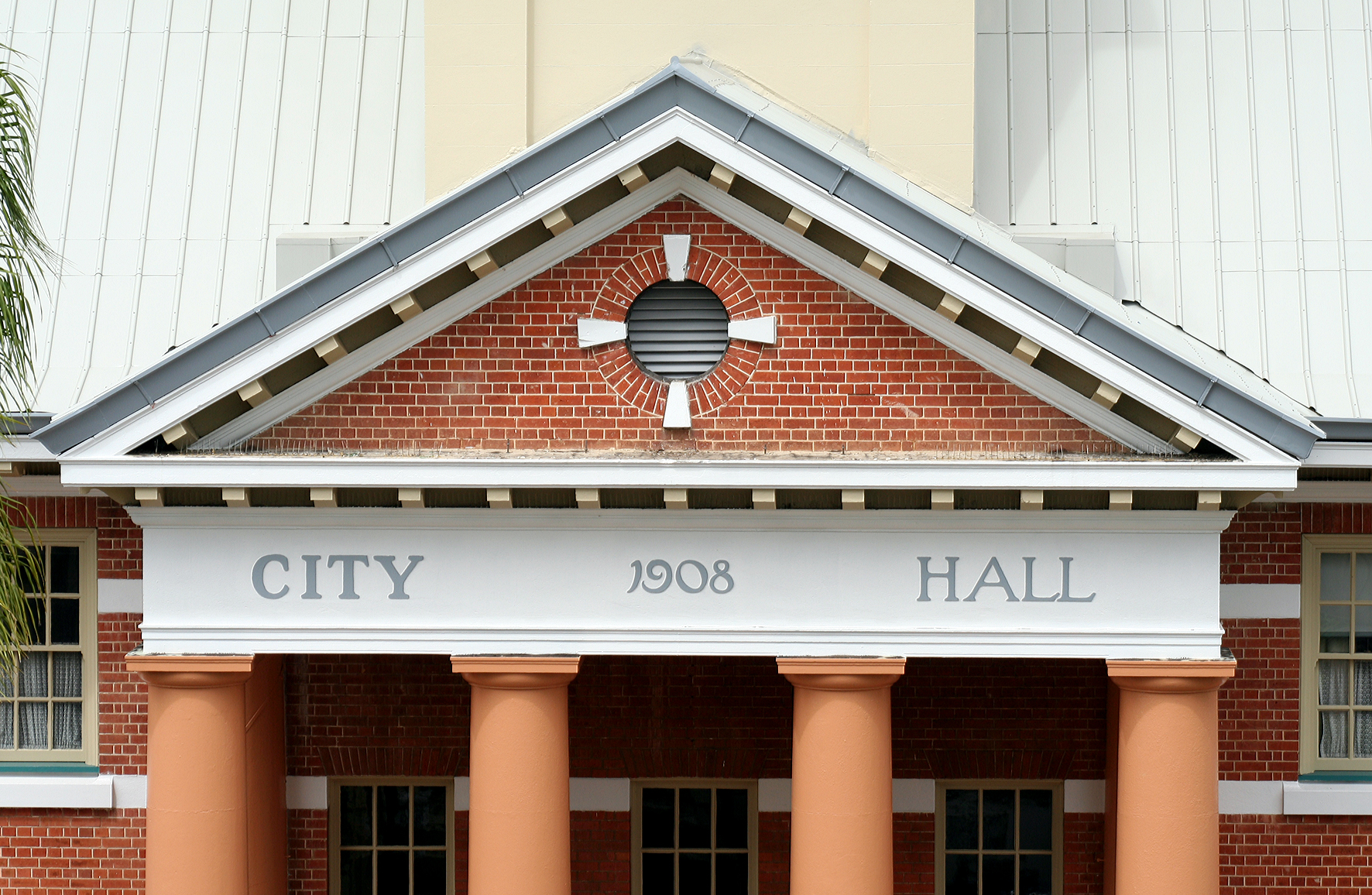 Maryborough City Hall - Tourism Caloundra
