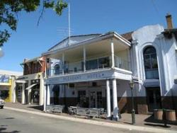 Mount Pleasant Hotel - Tourism Caloundra