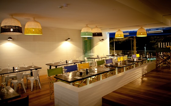 Deck Bar and Dining - Tourism Caloundra