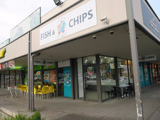 Flipping Out Fish  Chippery - Tourism Caloundra