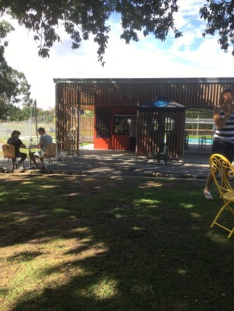 Gardens Lake Cafe - Tourism Caloundra