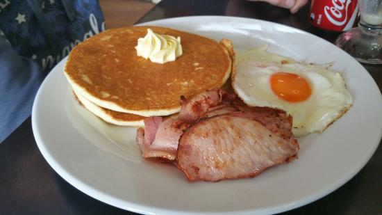 Wallder's Cafe - Tourism Caloundra