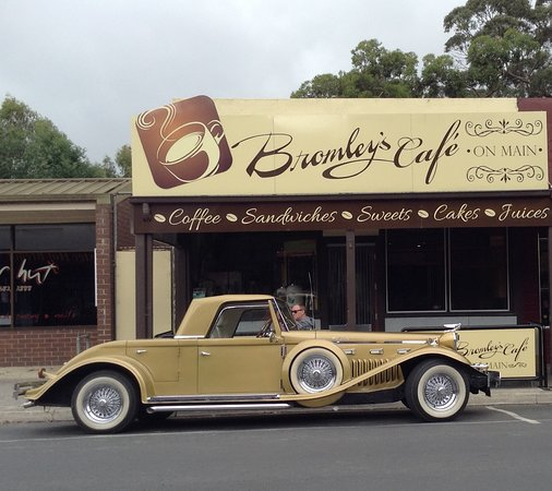Bromley's On Main - Tourism Caloundra