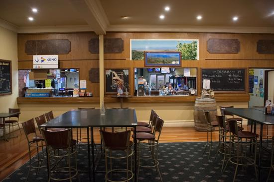 Dining Room at Exchange Hotel Foster - Tourism Caloundra