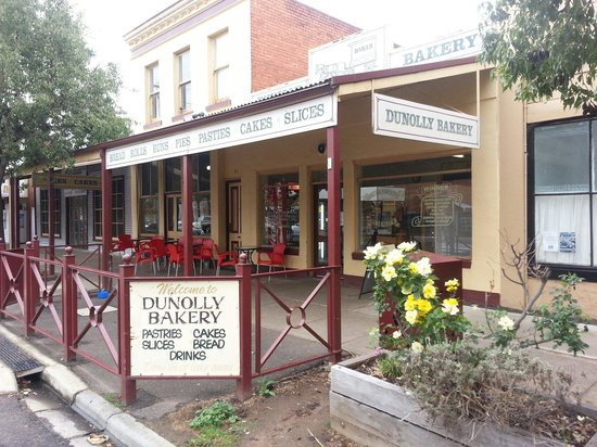 Dunolly Bakery - Tourism Caloundra