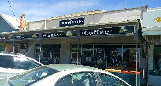 Sharp's Bakery - Tourism Caloundra