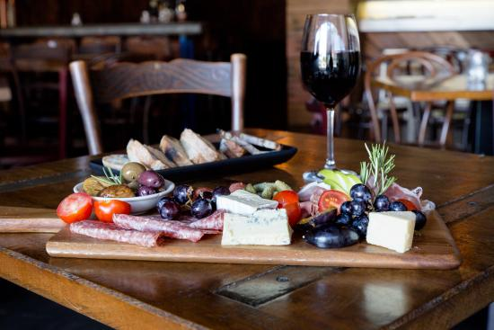 Little Lily's Wine and Tapas Cafe - Tourism Caloundra