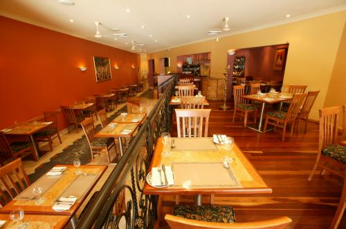 Marinades Indian Restaurant - Tourism Caloundra