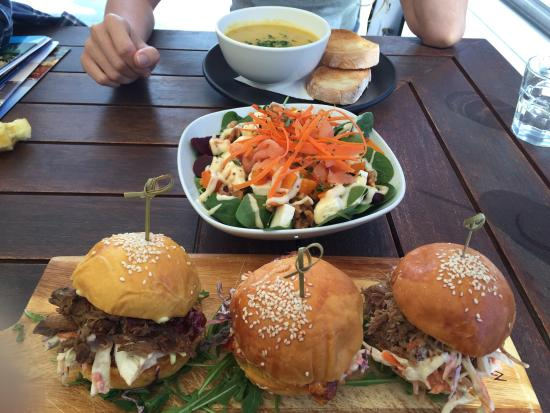TwentyTwo Cafe Bar and Grill - Tourism Caloundra