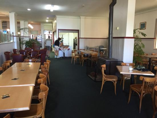 The Royal Restaurant - Tourism Caloundra