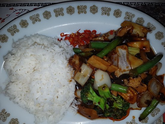 The Sapphire Chinese Restaurant - Tourism Caloundra