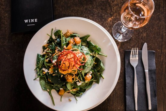 The Olive Restaurant - The Courty - Tourism Caloundra