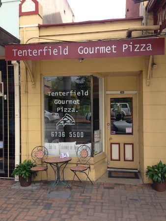 Tenterfield Gourmet Pizza - Tourism Caloundra