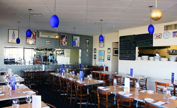 Magna's on Main - Tourism Caloundra