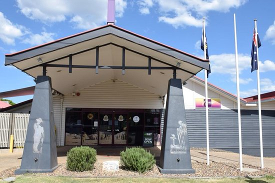 Nanango RSL Memorial Services Club - Tourism Caloundra