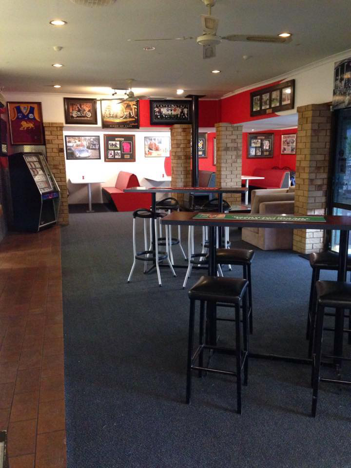 The Back Page Sports Bar  Grill - Tourism Caloundra