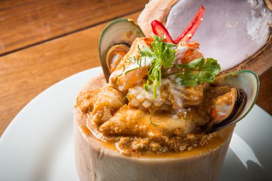 Absolute Thai Restaurant - Tourism Caloundra