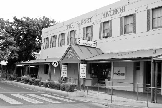 The Port Anchor Hotel - Tourism Caloundra