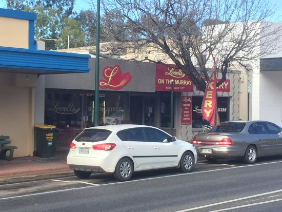 Lovell's Bakery on the Murray - Tourism Caloundra