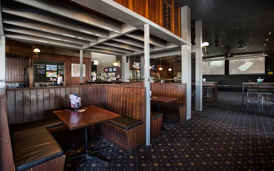 Club Tavern - Tourism Caloundra