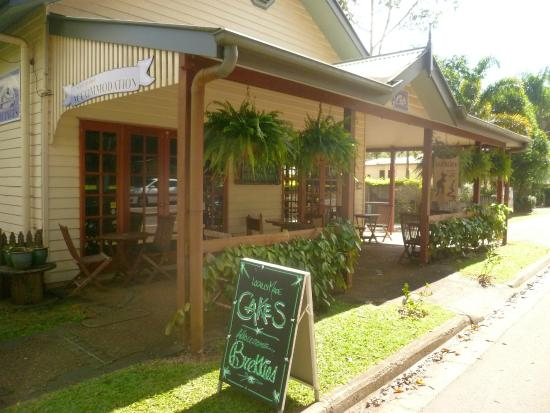 Allumbah Pocket Cottages Cafe - Tourism Caloundra
